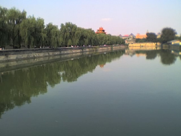2006 08 15 Tue - Forbidden City moat