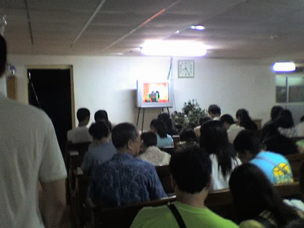 2006 08 13 Sun - Beijing 3 Self Church - Basement overflow room