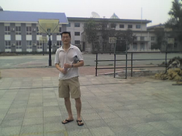 2006 08 12 Sat - Qiu & his high school
