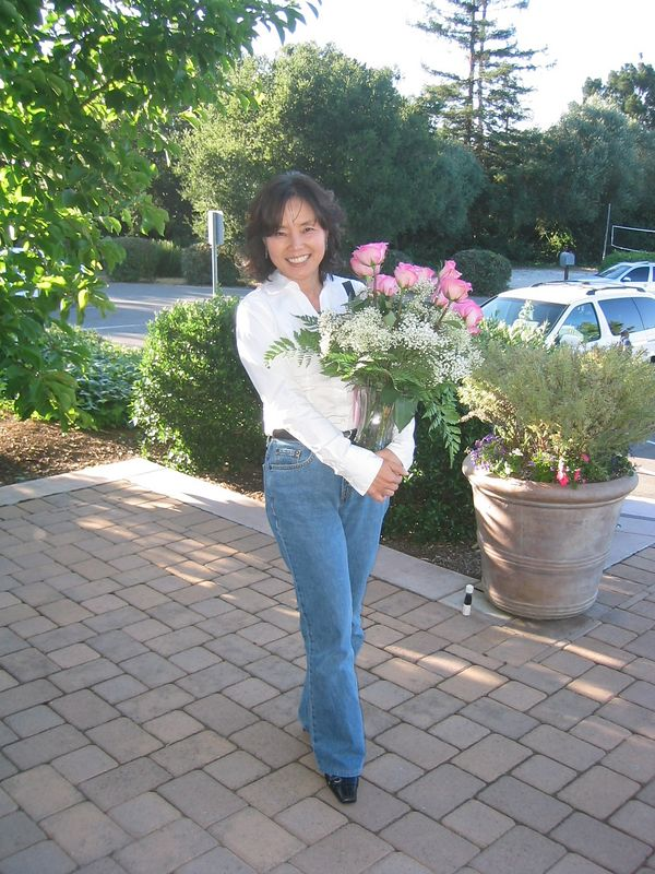 2005 - Eunmee Choi & Flowers - with flash