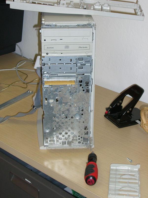 2005 11 04 Fri - YG dust computer 3