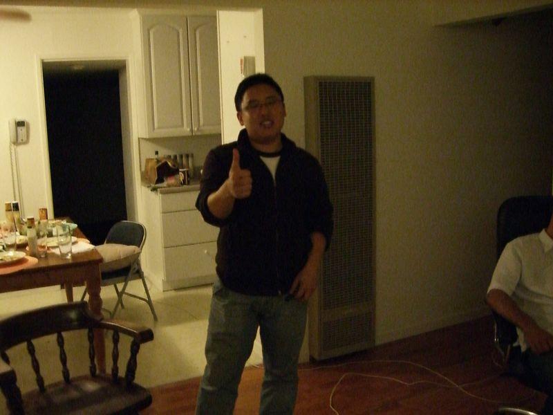 2005 08 31 Wed - At small group - Chris Hong