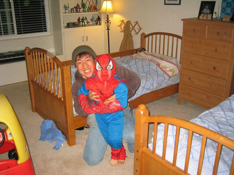 2005 02 18 Friday - Spiderman & Junghan agree to peace