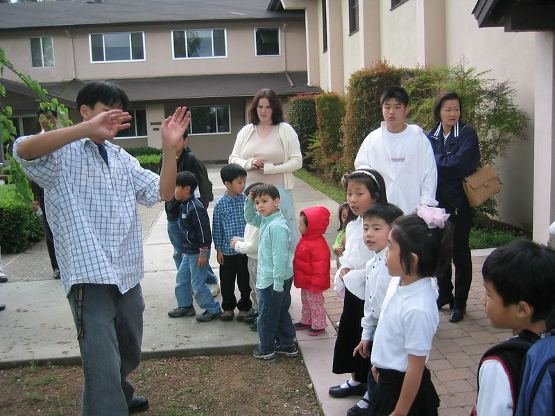 2005 03 27 Sunday - Doug Kang explains Easter egg hunt
