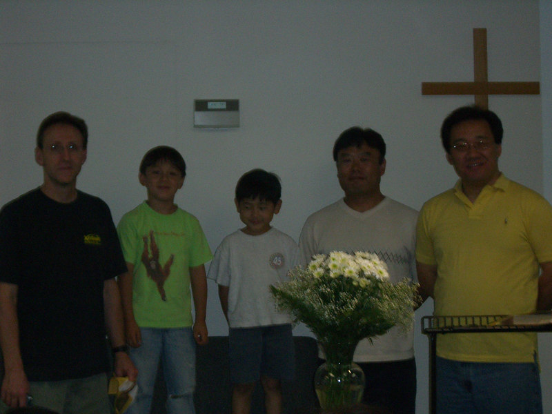 2006 06 18 Sun - Tom & Sean Scott, Edward & Don Oh, and Pastor Paul Lee for Kindergarten grad recognition