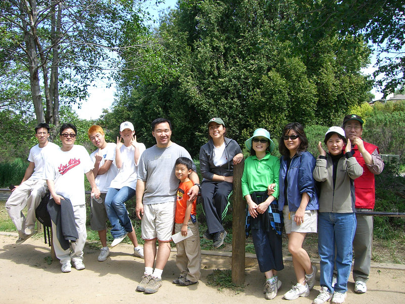 2006 04 29 Sat - CCSV hike - End of hike group pic 1