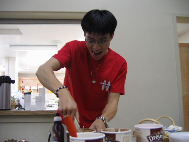 2005 04 29 Friday - Me want ice cream
