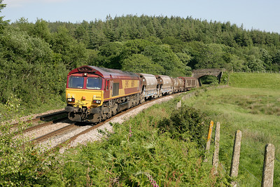 66054 with the 6M72 St Blazey-Cliff Vale at Restormel on 090605