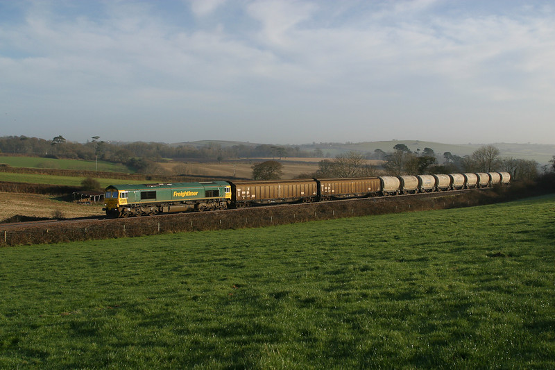 160103 66609 with the second portion of the Moorswater cement passes Trerulefoot