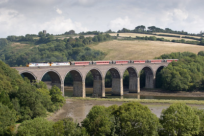 190806  47828 and 47813 on a Wolverhampton to Penzance charter pass Forder viaduct