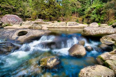 McLarens Falls blue water