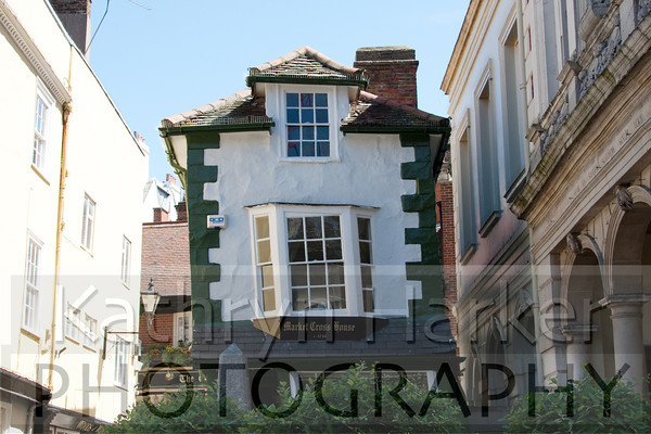 Crooked house 2