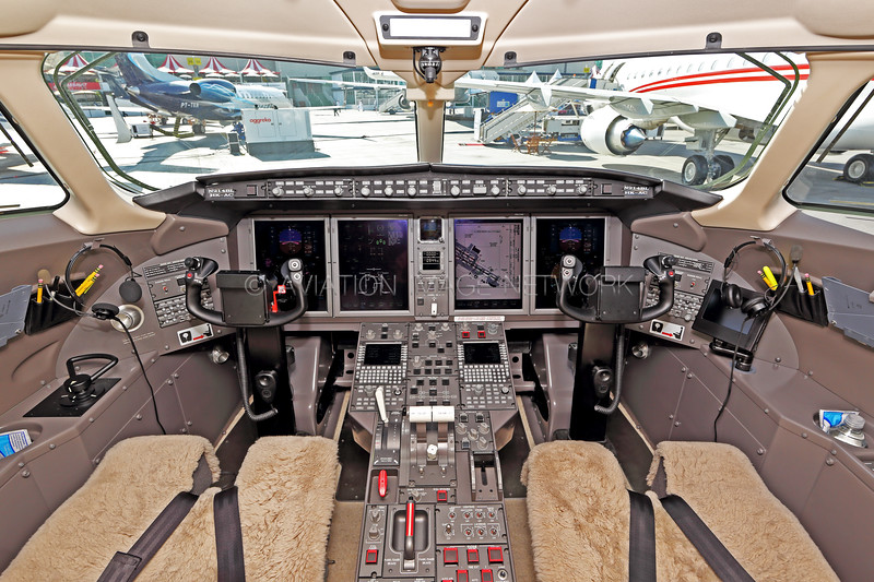 N214BL | Bombardier Challenger 300