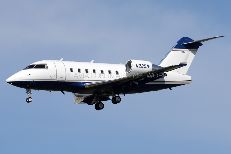 N225N   Bombardier Challenger 604   JBW Aircraft Leasing Co Inc