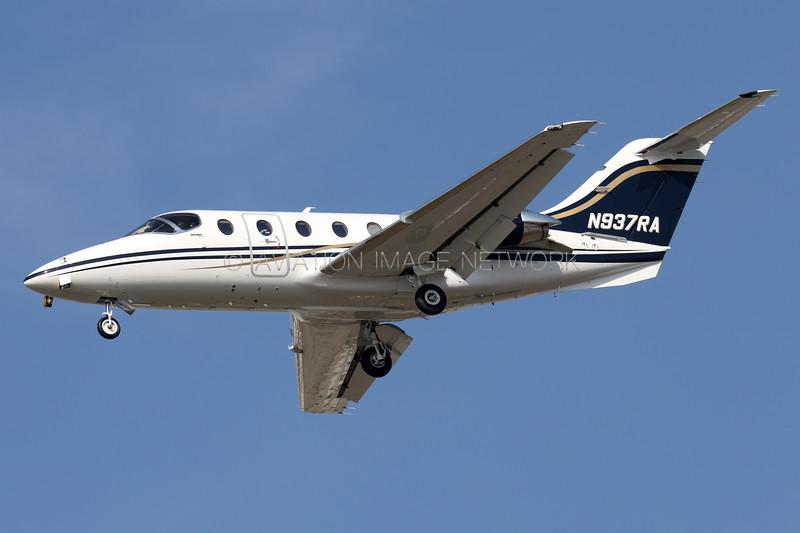 N937RA   Hawker 400XP