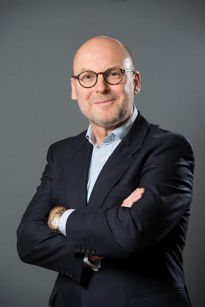 Corporate Portrait shot with Mobile Studio