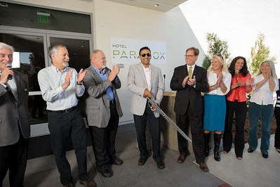 5079-d3_Hotel_Paradox_Ribbon_Cutting_Ceremony_Santa_Cruz_Event_Photography