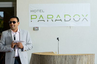 2344-d800_Hotel_Paradox_Ribbon_Cutting_Ceremony_Santa_Cruz_Event_Photography