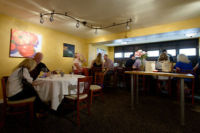 4108_d800a_Sent_Sovi_Wine_Bar_Saratoga_Restaurant_Event_Photography