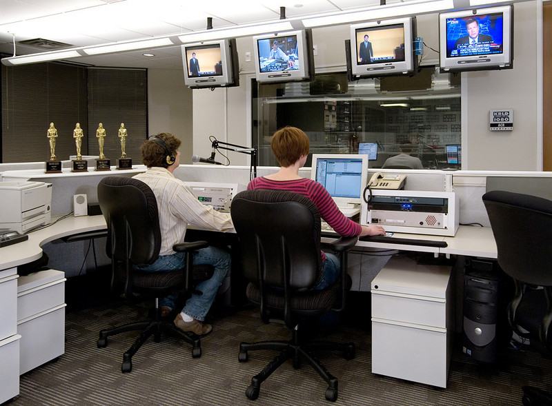 KRLD-AM newsroom.