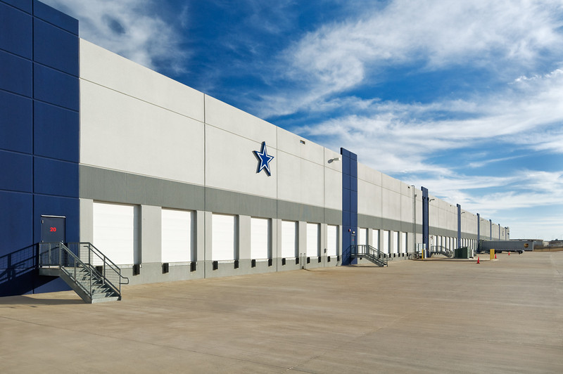 Dallas Cowboys Merchandising, Dallas.  Client:  Osburn Concrete Contractors, Garland, TX