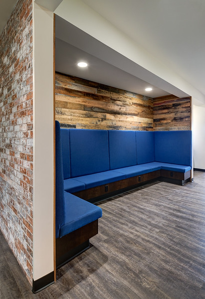 Re-purposed barn wood was used in this sitting area.