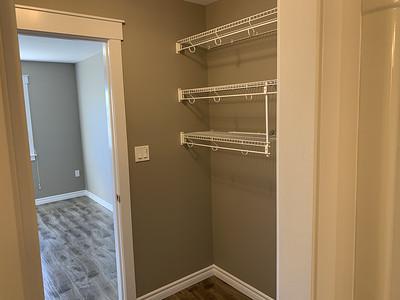 Closet1_2