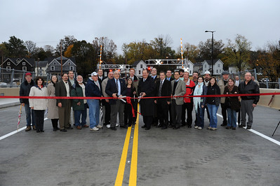 City_Ribbon_Cutting_Final-1-0412