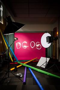 Envers du décor du shooting portraits des membres de la DGOS. 4ème de couverture du rapport d'activité de la Direction Générale de l'Offre de Soins  (Ministère de la Santé)