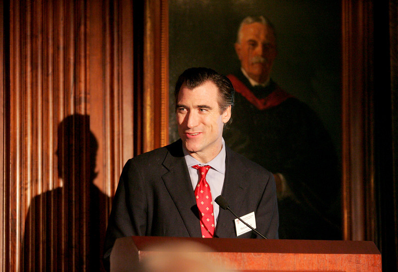 9/24/08 New York, NY -- The 2008 International Economic Alliance's Global Investment Symposium at the Harvard Club in New York City, September 24, 2008.  Photo By Erik Jacobs