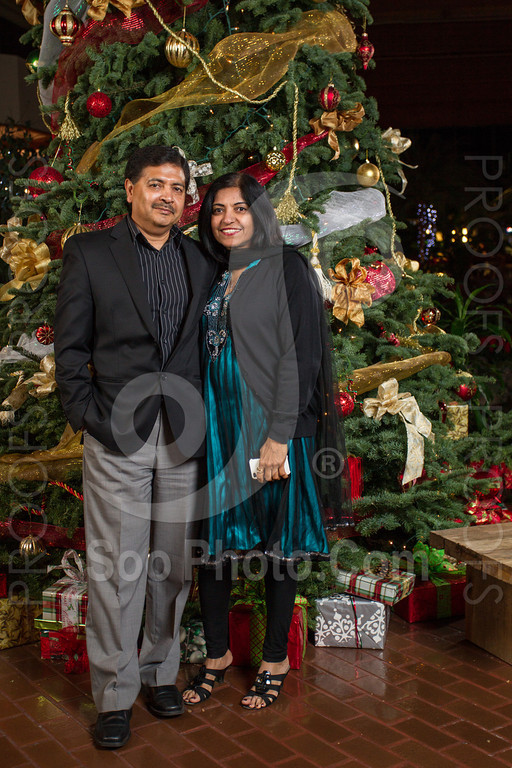 2013-12-07-saama-holiday-party-selects-8402