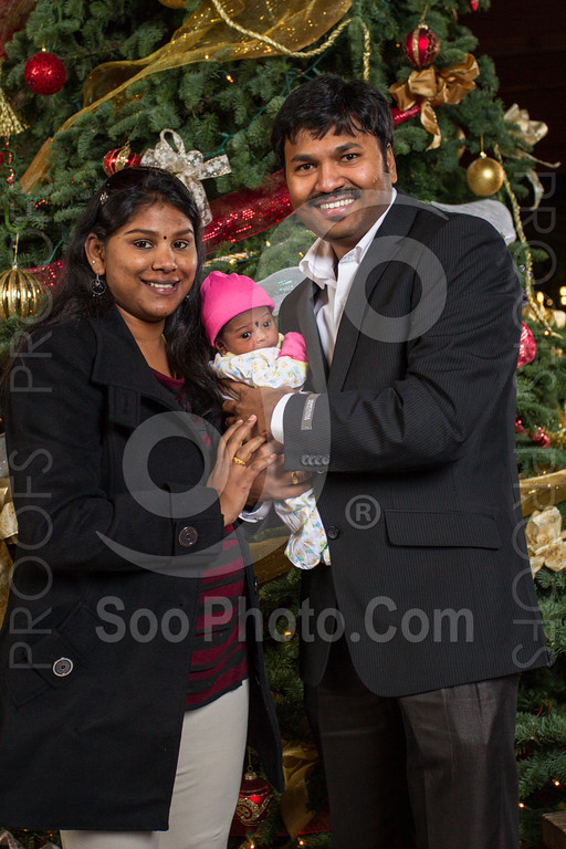 2013-12-07-saama-holiday-party-selects-8408