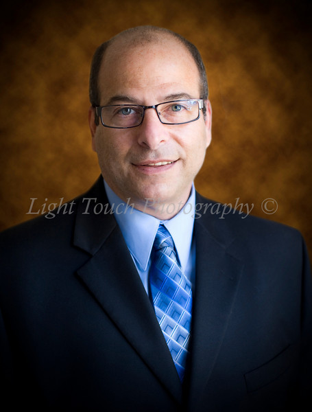 "<b><font size=+.9><li>Corporate Pricing</li> <li>Individual Head Shots $139</li> <li>5 or more head shots $109/ea</li> <li>Some travel fees not included (depends on distance to shoot) **    <b><font size=+.4><li>Group Pictures</li> <li>$199 for a group shots or ""team shots"".</li>  </li><br/> </blockquote> </span> To see samples of my work on a corporate website click here: http://www.legacyadvice.com/page.php?12</span><br/>"