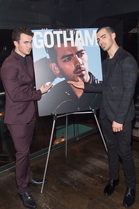 Singers Kevin and Joe Jonas private party