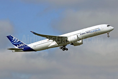 Airbus A350-941 F-WXWB (msn 001) TLS (Eurospot). Image: 912529.