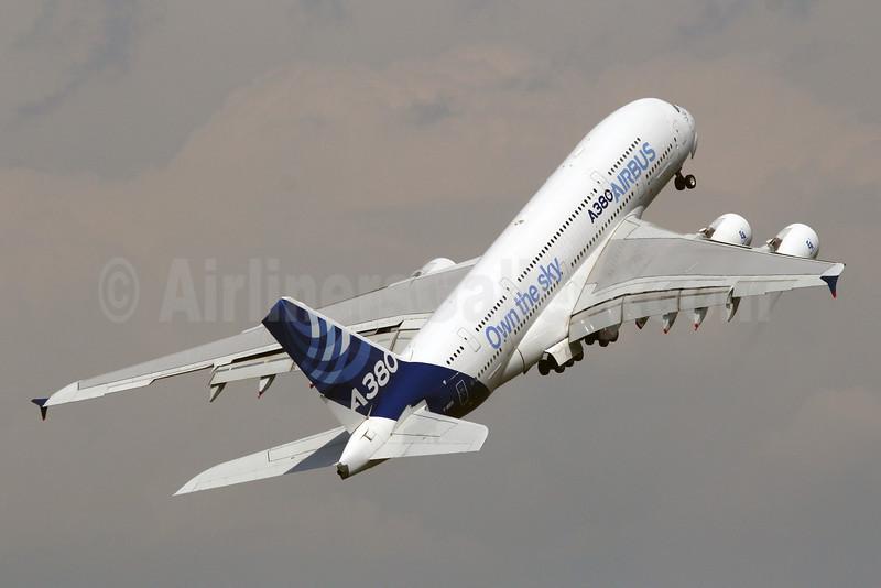 "Airbus A380-841 F-WWDD (msn 004) ""Own the sky"" LBG (Marcelo F. De Biasi). Image: 912600."