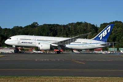 Boeing 787-8 Dreamliner N787FT (msn 40694) BFI (Nick Dean). Image: 905226.