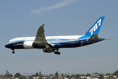 Boeing 787-8 Dreamliner N787BX (msn 40692) (ZA003 test aircraft) SAN (James Helbock). Image: 908082.