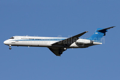 KEB (Kenneth E. Behring) (Seattle Seahawks) McDonnell Douglas DC-9-87 (MD-87) N287KB (msn 46968) IAD (Brian McDonough). Image: 933377.