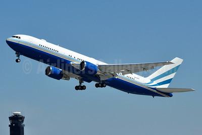 Las Vegas Sands Corporation Boeing 767-3P6 ER N804MS (msn 27255) BWI (Tony Storck). Image: 933011.