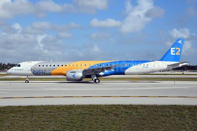Embraer ERJ 190-400STD (E195-E2) PR-ZIQ (msn 19020041) FLL (Bruce Drum). Image: 104598.