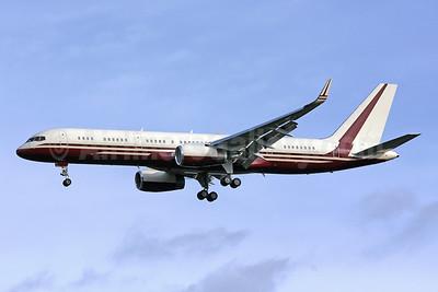 Yucaipa Companies Boeing 757-2J4 ER WL N770BB (msn 25220) IAD (Brian McDonough). Image: 901806.