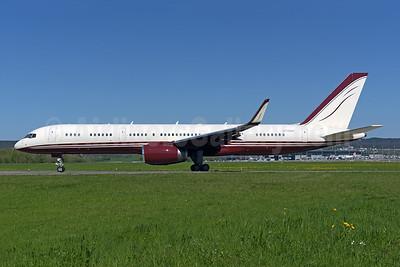 Yucaipa Companies Boeing 757-2J4 ER WL N770BB (msn 25220) ZRH (Rolf Wallner). Image: 946313.