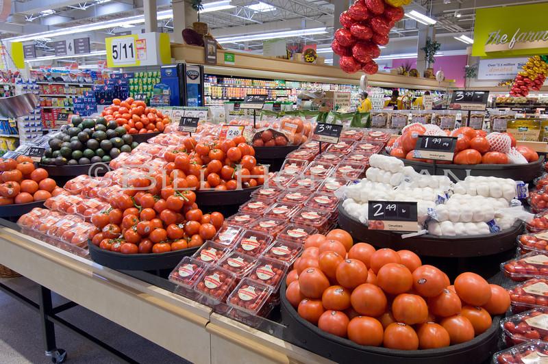 12-Groceries-010