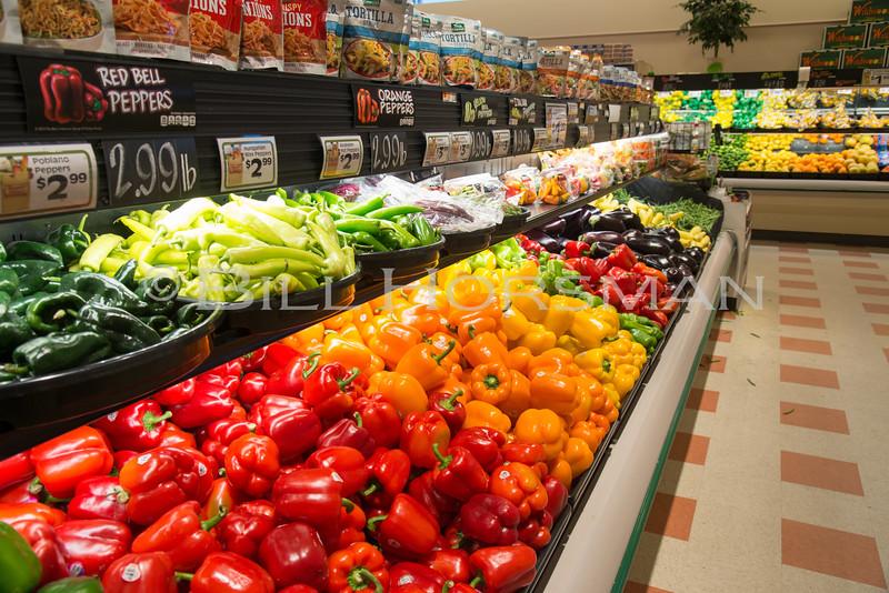 18-GroceryStore-37