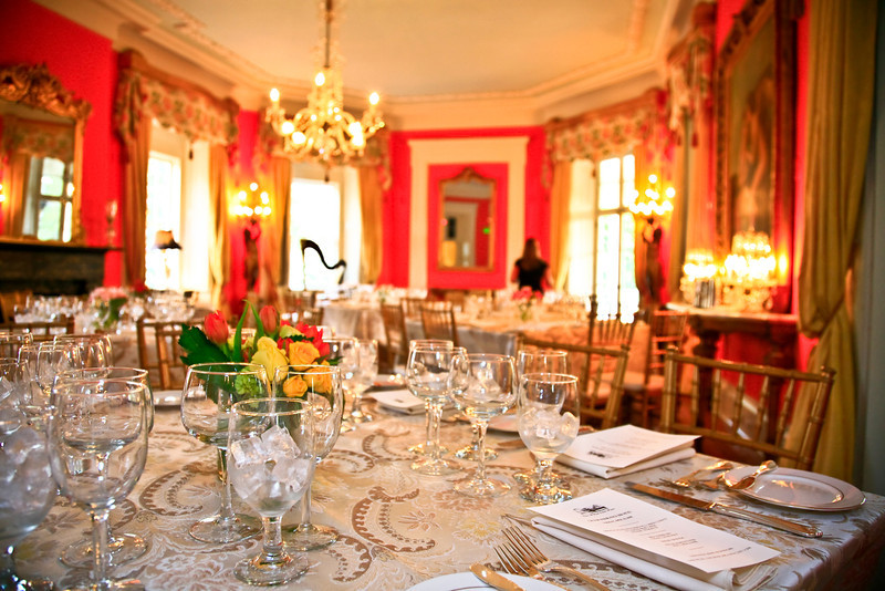 The damask cloths make this spring evening really special. ...JMC Charleston - Special Event Production and Design offering Destination Management Services in Charleston, South Carolina