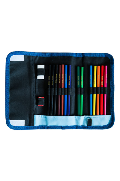 GERMANY_pencilcase1_2x3_HR