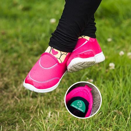 Pink_shoes_SQ_WEB