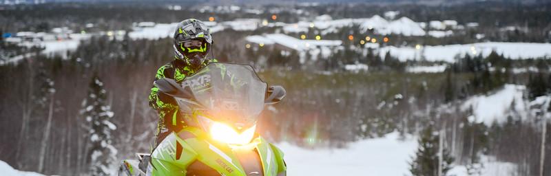 Snowmobiling 02 880X282
