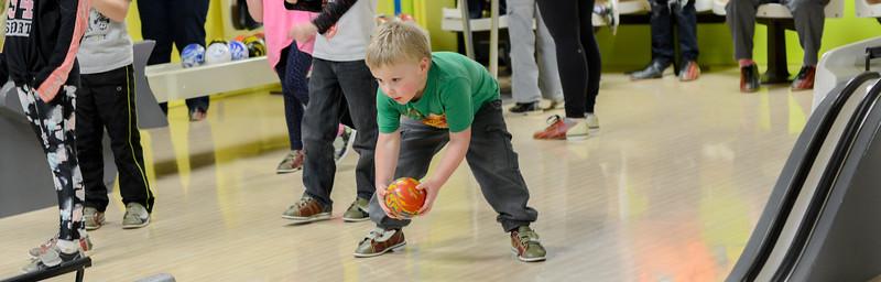 bowling 01  880X282